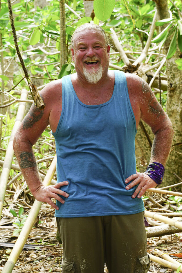 Paul Wachter Survivor season 33 Gen Xers Takali tribe