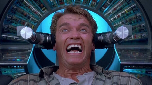 total-recall arnold schwarzanegger in head clamps screaming