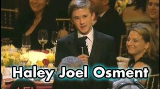 "Haley Joel Osment On Being Tom Hanks' ""Son"" In FORREST GUMP"
