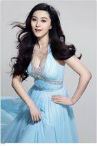 Fan-Bingbing-modern-sexy-and-hot-actress