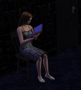 Ariel Utemaro (sim) reading alleyway