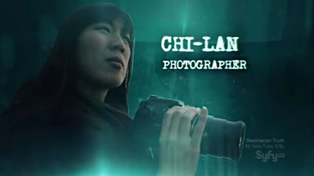 File:Chi Lan - Photographer.jpg