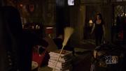 Wikia Fae - Kenzi vs. the broom