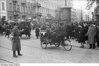 Bundesarchiv Bild 101I-134-0796-27, Polen, Ghetto Warschau, Ghettopolizist
