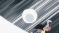 Natsu Lançant une boule de neige