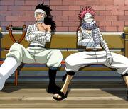 Natsu et Gaji, blessés après leur combat contre Luxus