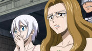 Lisana Ever regardent Elfman