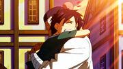 Roméo dans les bras de son père