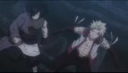 Sting et Rog viennent secourir Natsu, qui était en difficulté face à Mald Gheel
