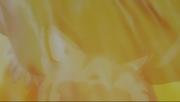 Natsu, furieux contre Mald Gheel qui vient de mettre à terre son ami, le frappe d'un poing chargé de rage