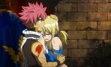 Lucy llora en brazos de Natsu