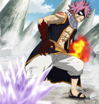 Gray attempts to trap Natsu