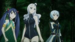 Wendy Mira y Yukino sorprendidas por ver a Lucy del futuro