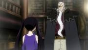 Hades habla con Ultear sobre el Arca del Tiempo