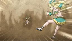 Lucy ataca con Aqua Metria