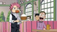 Natsu jako kelner