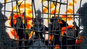 La celda comienza a incendiarse
