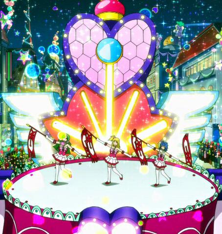 File:Miss Fairy Tail Float.jpg