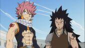 Natsu y Gajeel luchan juntos