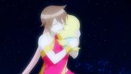 Eclair hugs Momon