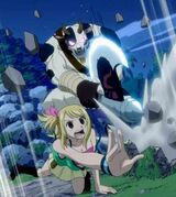Lucy atacada Tauro