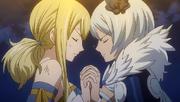 Yukino e Lucy usando uma magia combinada