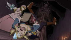 Lucy cae por culpa de Michelle