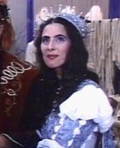 Dorit Adi as the Good queen