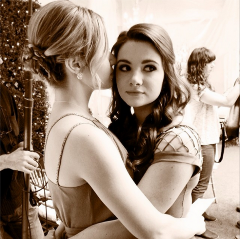File:Katie-stevens-and-rita-volk-on-set-of-mtvs-new-show-faking-it.png