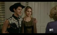 1x02 Shane & Amy04