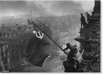 Soviet flag reichstag