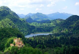 Bavarian-Alps-Castle-Veiw1