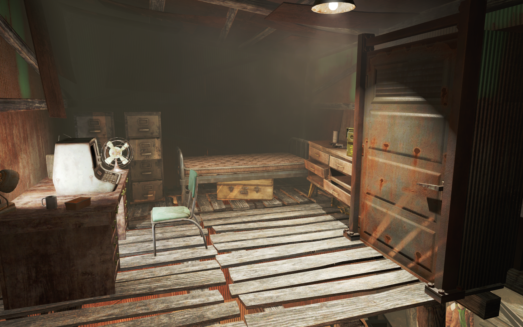 Fo4 Pipers Bedroom Publick Occurrences.png