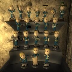All 20 Vault Tec bobbleheads (Tenpenny Tower suite)