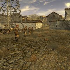 Перший розвідувальний батальйон НКР висувається до заводу