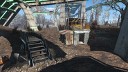 FO4 Mass Pike Interchange central elevator post