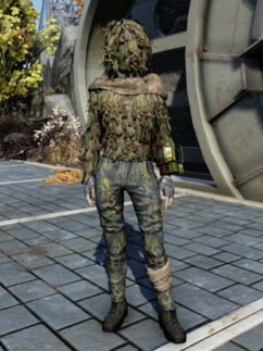 FO76WL Ghillie Suit Female