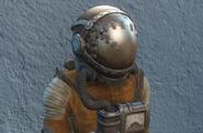 FO4 повреждённый защитный комплект