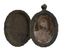 Annikas locket