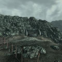 Вхід в бункер Рейвен-Рок