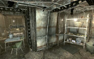 FO3 Mgt Common house first floor shelves