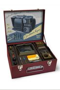 Pipboy 2000 edition box