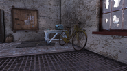FO76 191020 Grafton Steel yellow bicycle