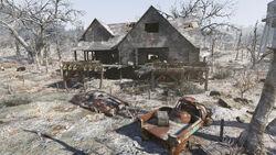 Fo76 Black Bear Hunting Lodge (4)