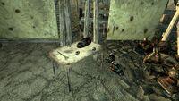 FO3 Flooded Metro Raider Camp4