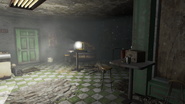 FO4 Spuckies inside right