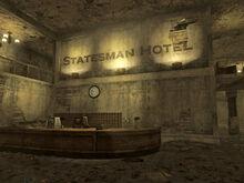 Statesman Hotel lobby