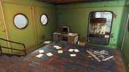 FO4 Irish Pride Industries shipyard (Rory's terminal)