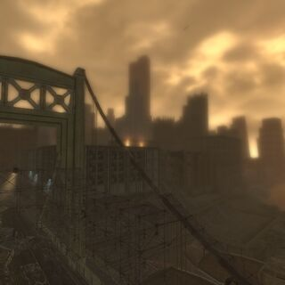 Міст на тлі міста.