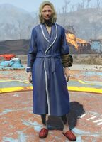 Fo4-bathrobe-female